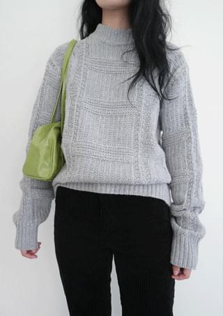 square fisherman knit