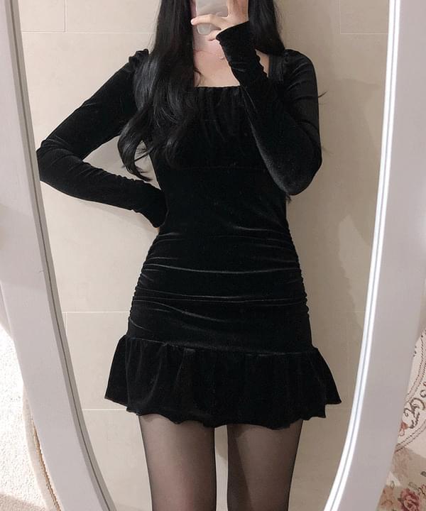 Mermaid Shirring Velvet Dress