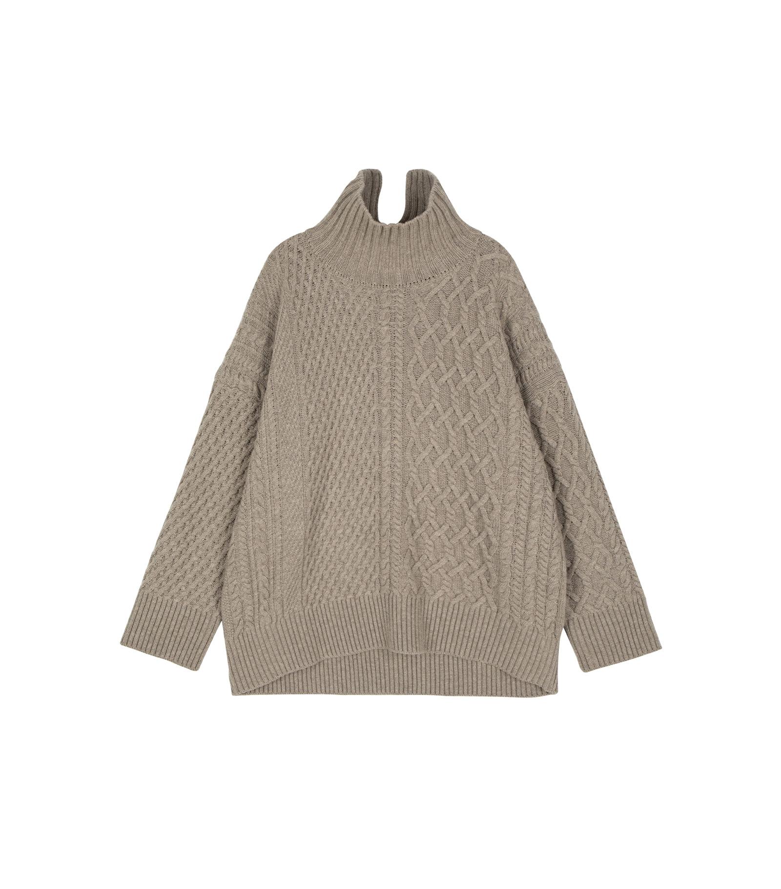 Sweet Twist Slit Turtleneck Knit