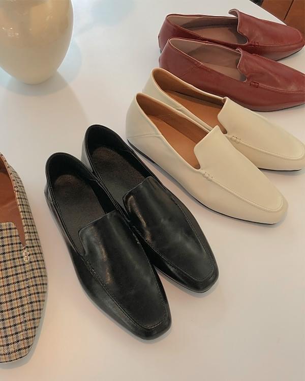 Kiel simple loafers