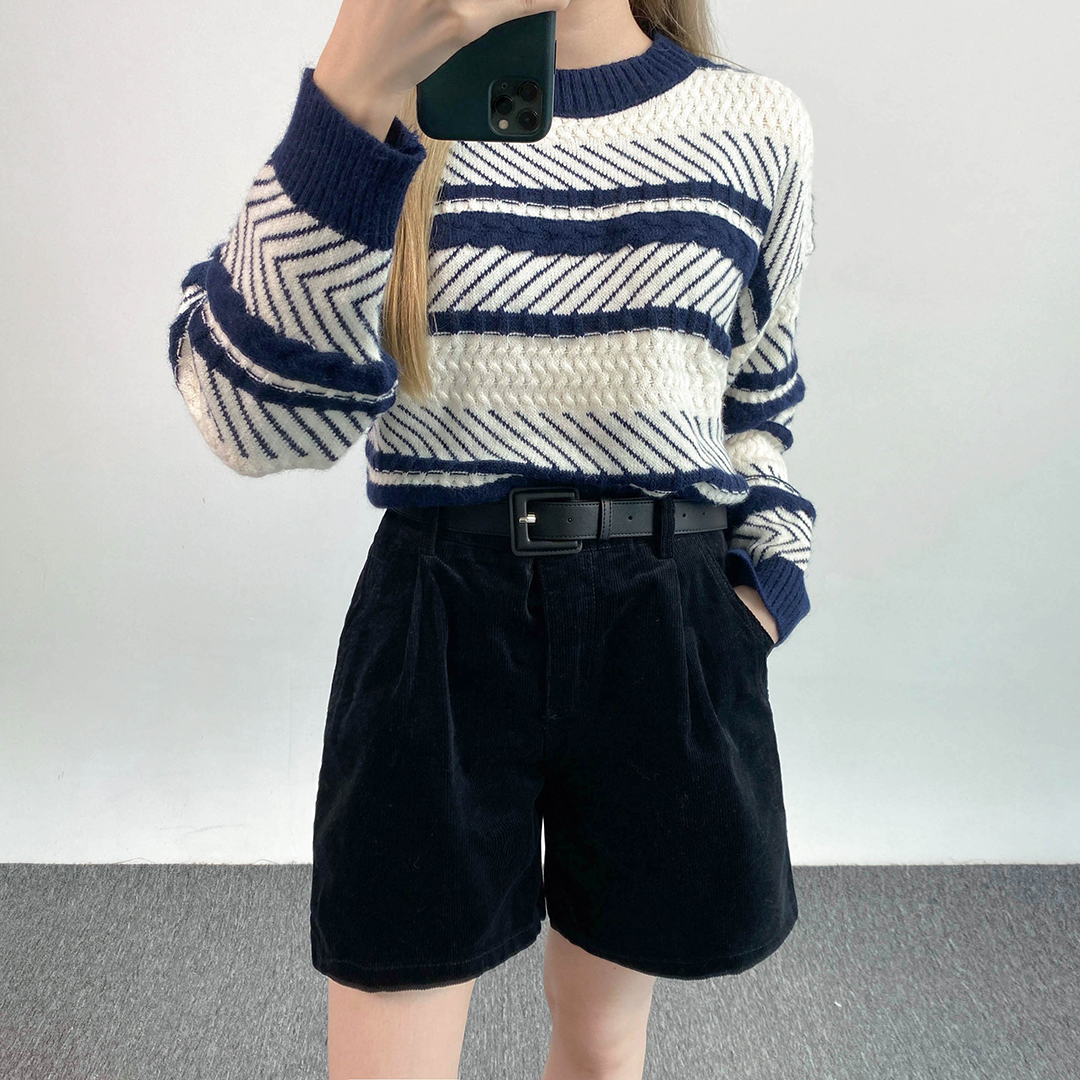 Soft daily knit