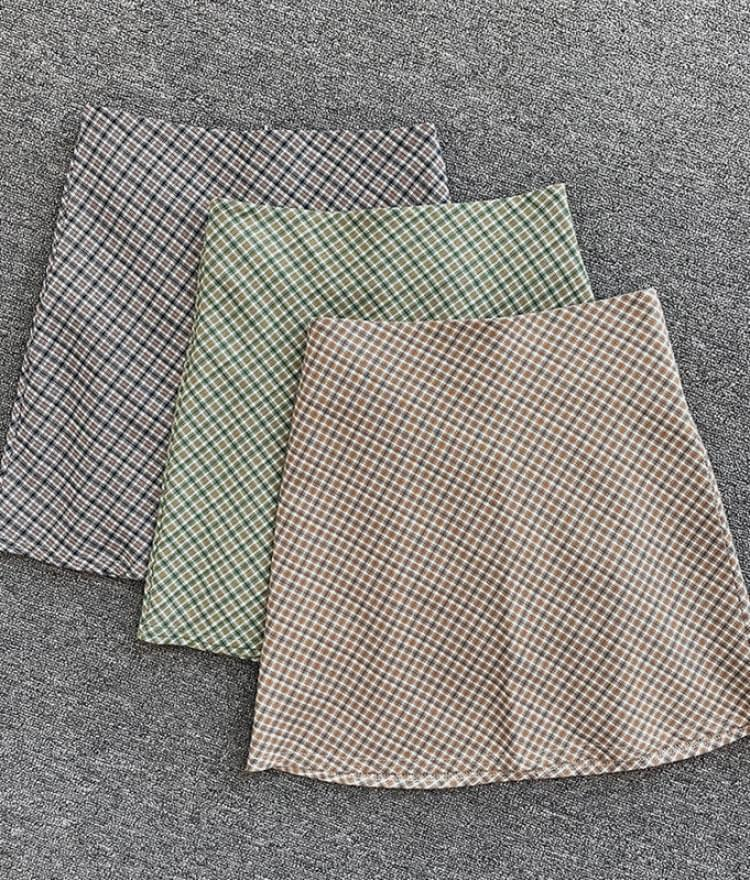 Jan check mini skirt