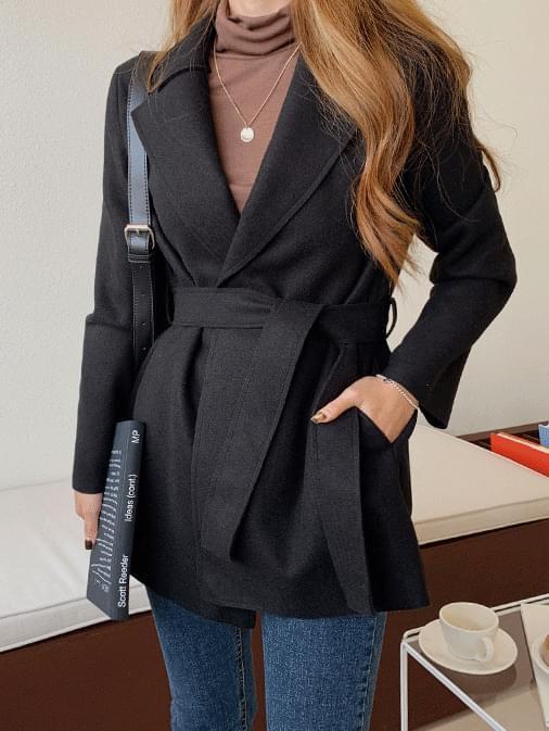 Bella loose-fit belted half coat