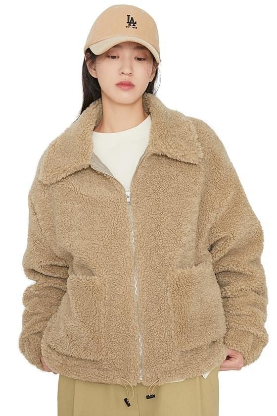 Bearing overfit shearling jacket 夾克外套