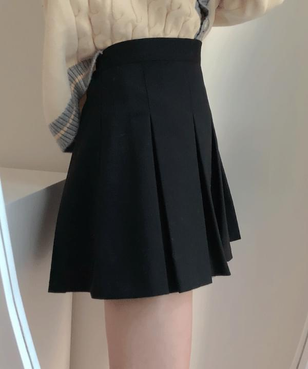 Self-made ♥ Moments Daily Pleated Skirt 裙子