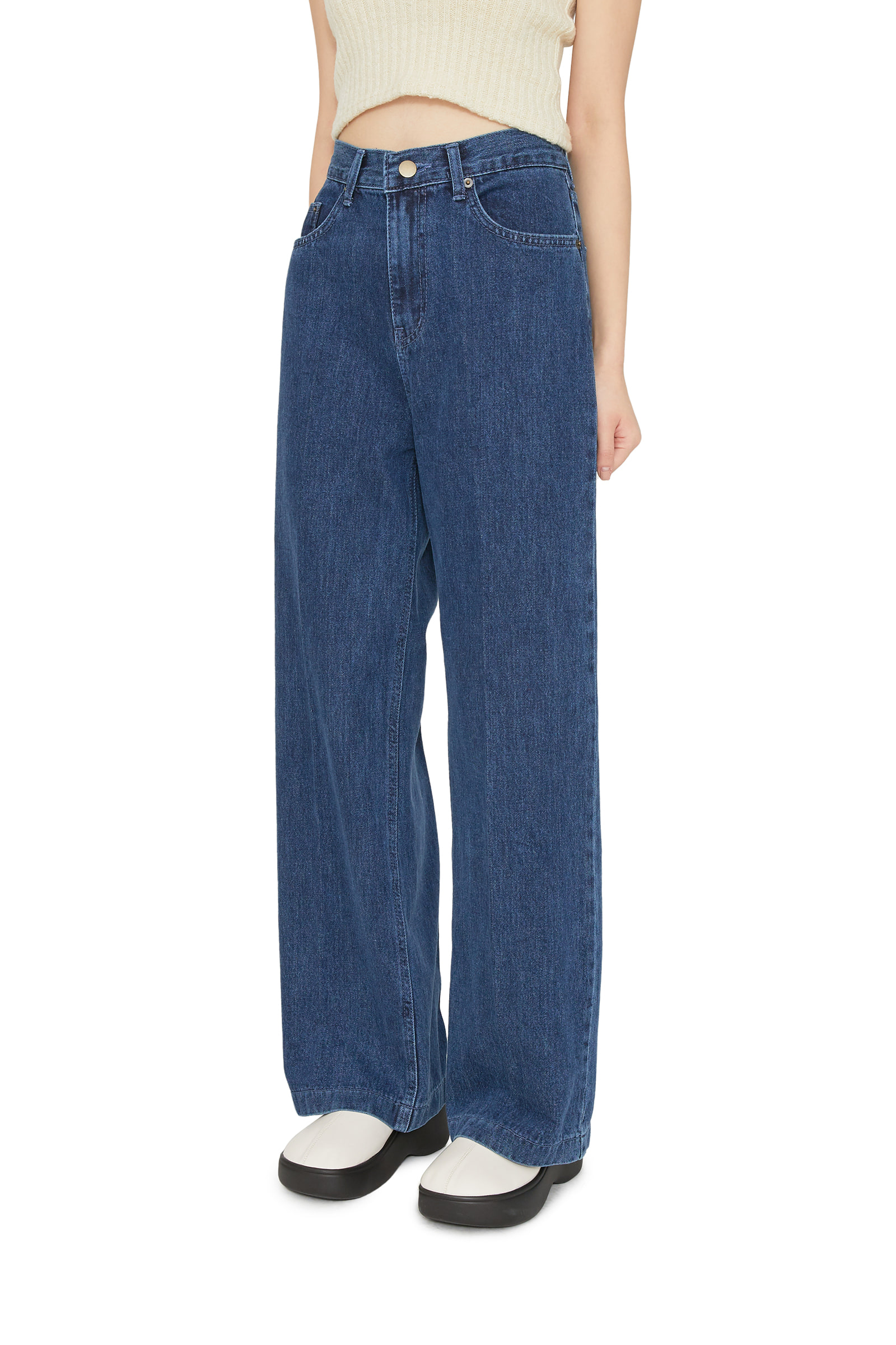 Curly straight jeans