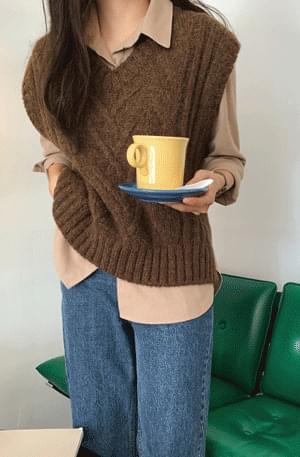 Alpaca Cable Knit Vest 開襟衫