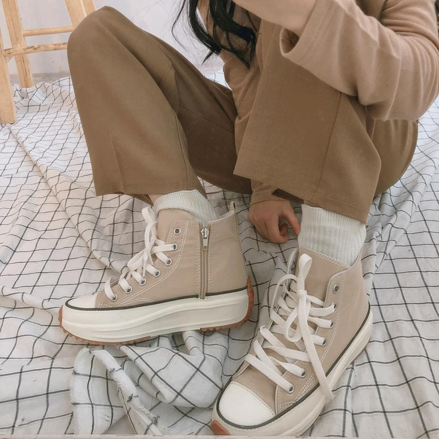 Easy High Height Canvas Shoes 球鞋/布鞋