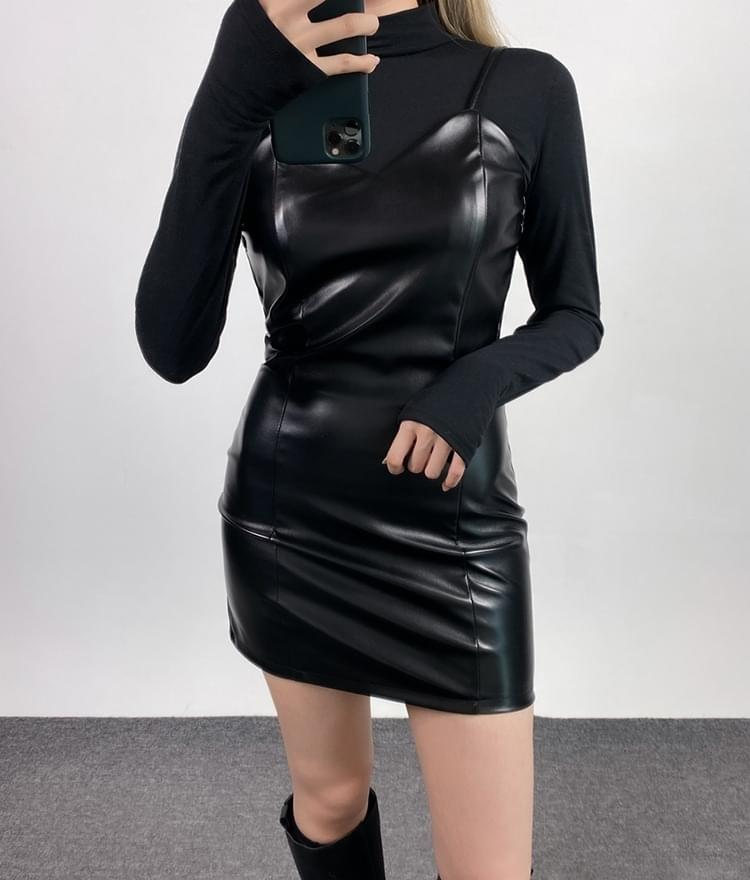 Leather mini dress 洋裝