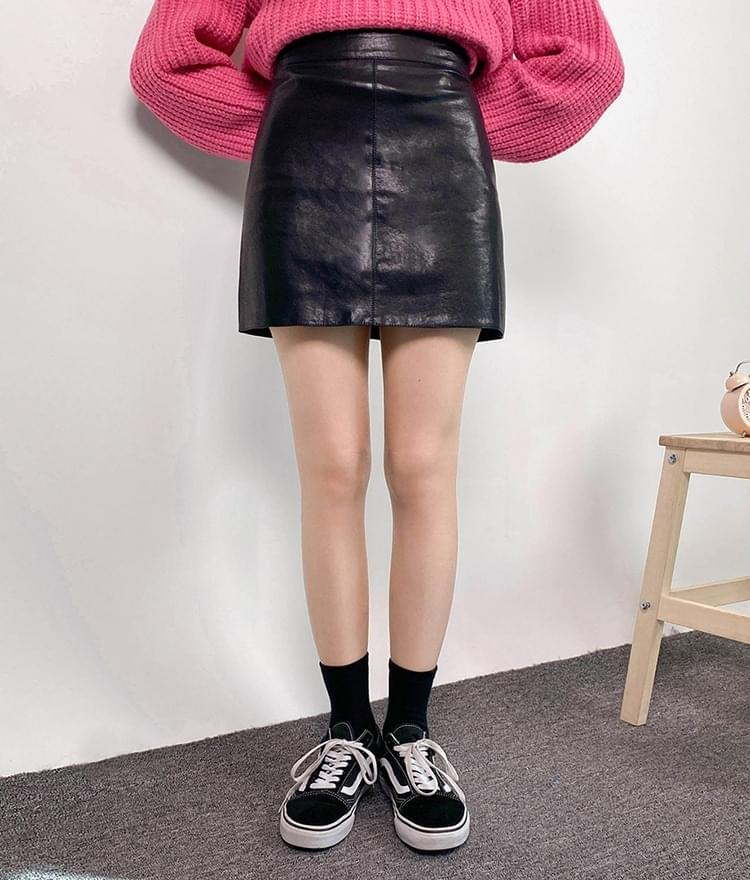 Leather skirt 裙子