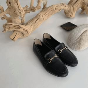 Straight buckle loafers 1cm