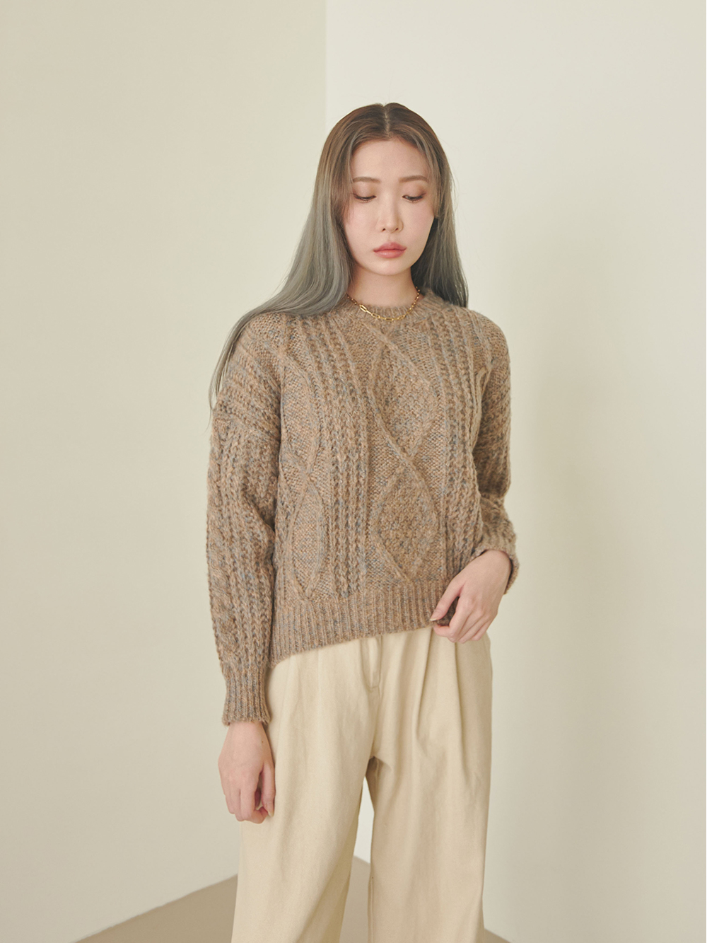 Lily Twisted Diamond Knit
