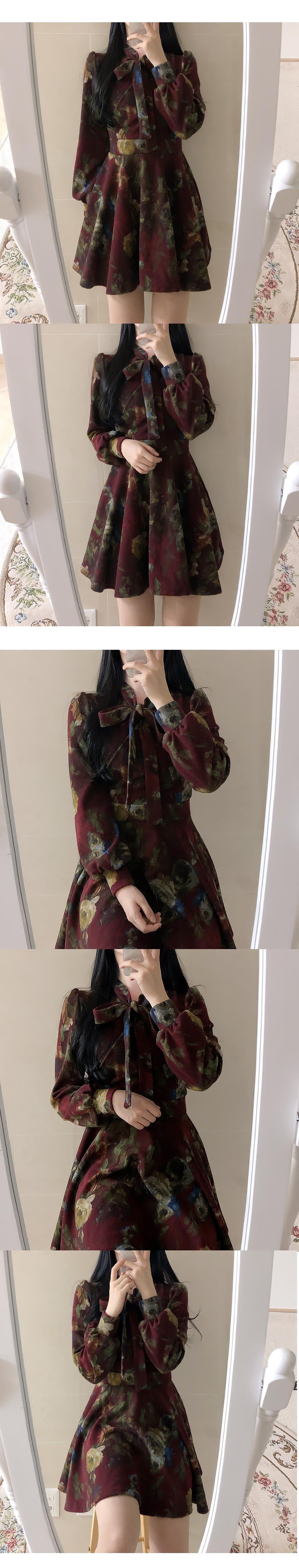 Mocle Flower Ribbon Dress