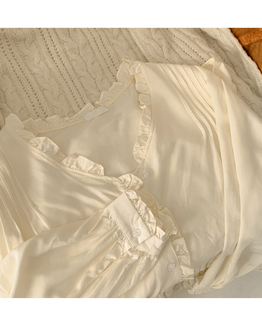 Mercy frill pintuck blouse
