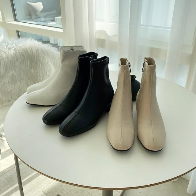 Soft ankle boots 3cm