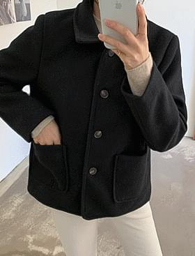 Wanted short coat 40% wool + quilted lining