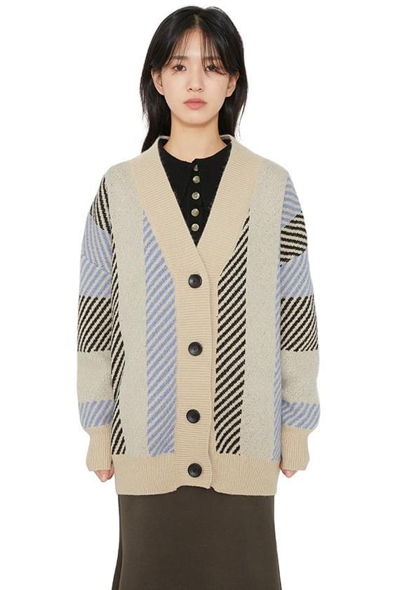 Quez V-neck pattern cardigan 開襟衫