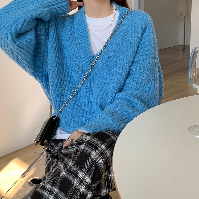 kn2953 rodin v-neck sweater