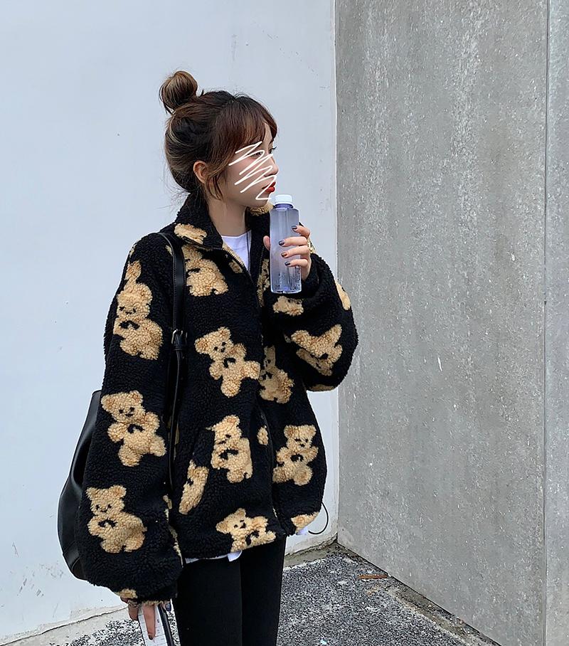 jp3117 Black Bear Poggly Jacket