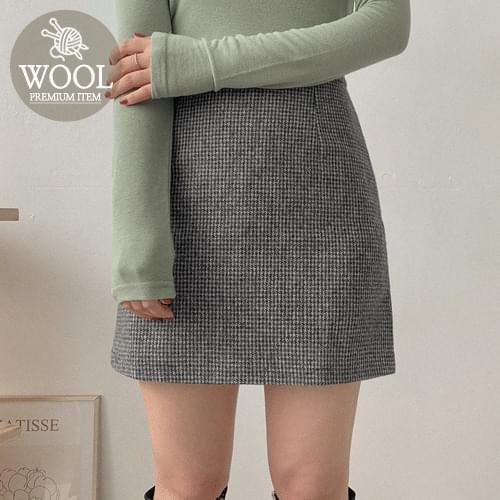 What's Wool Check Mini Skirt