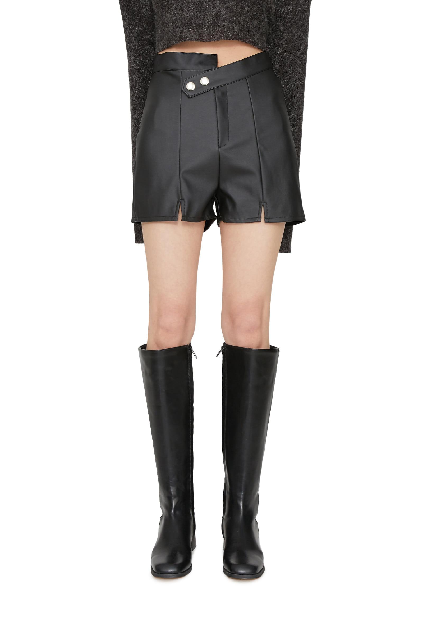 Oz leather shorts