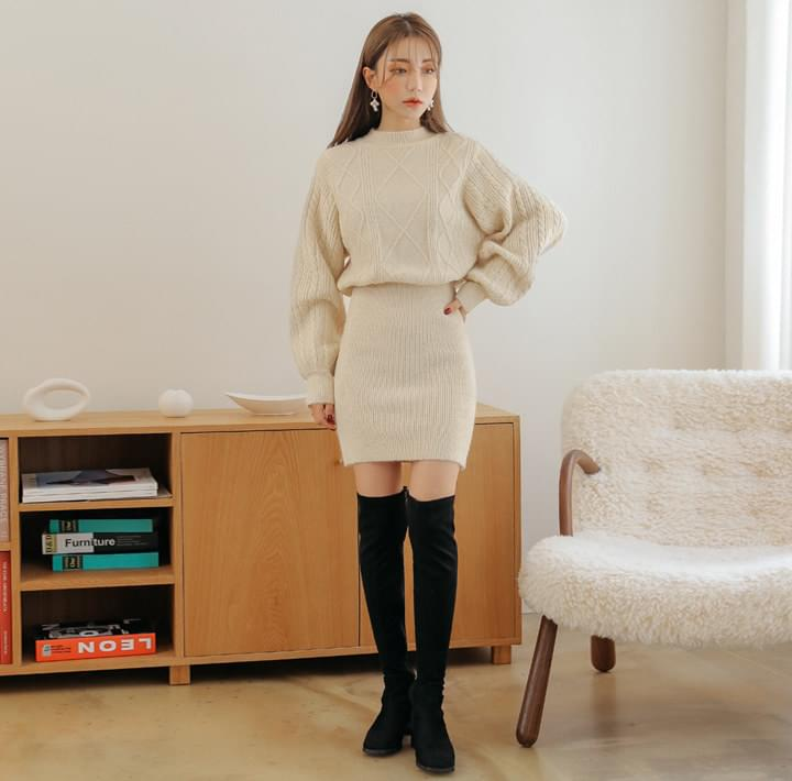 Cable Pattern Blouson Knit Dress
