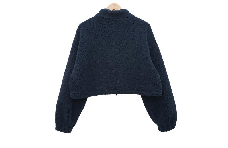 寬鬆短版毛毛長袖衣
