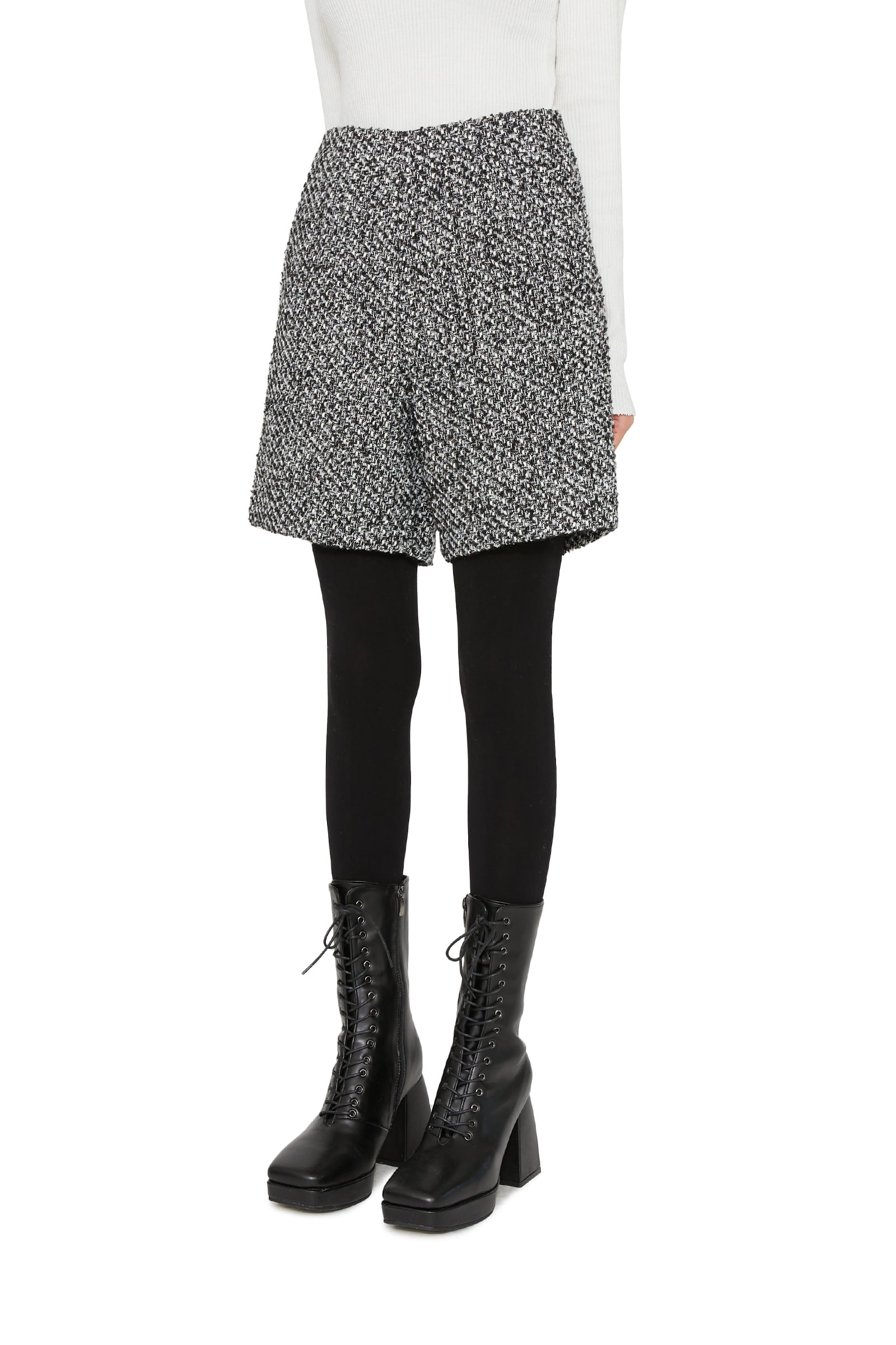 Ferris tweed mini shorts