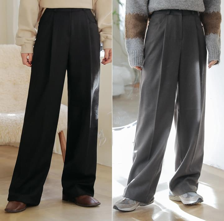 Pleat Accent Wide Leg Slacks