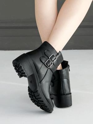 Retro ankle boots 5cm 靴子