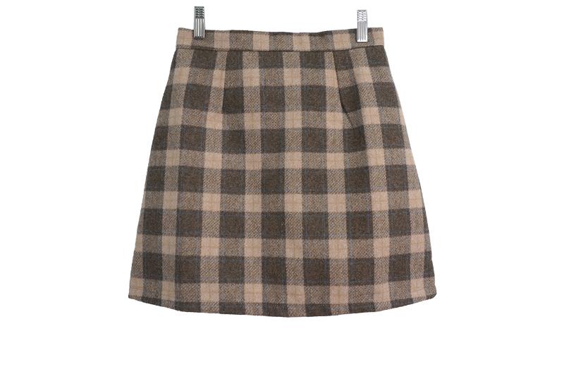 清純格紋短裙