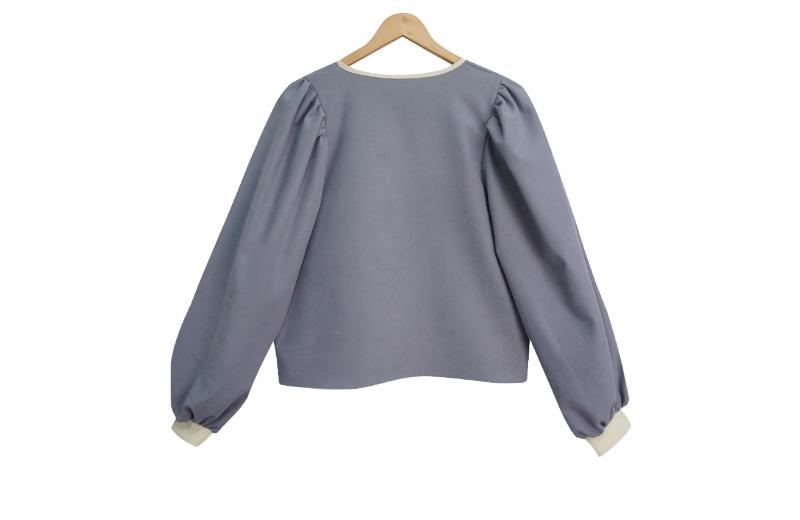 Ribbon puff blouse