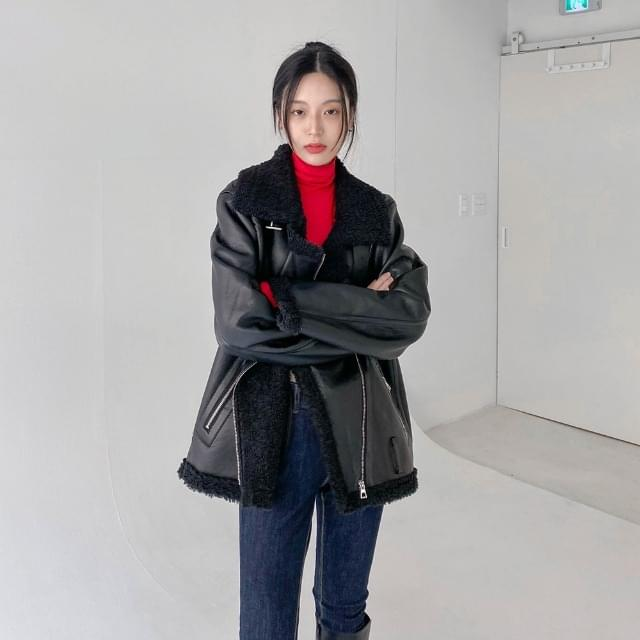 Bear Overfit Shearling Jacket