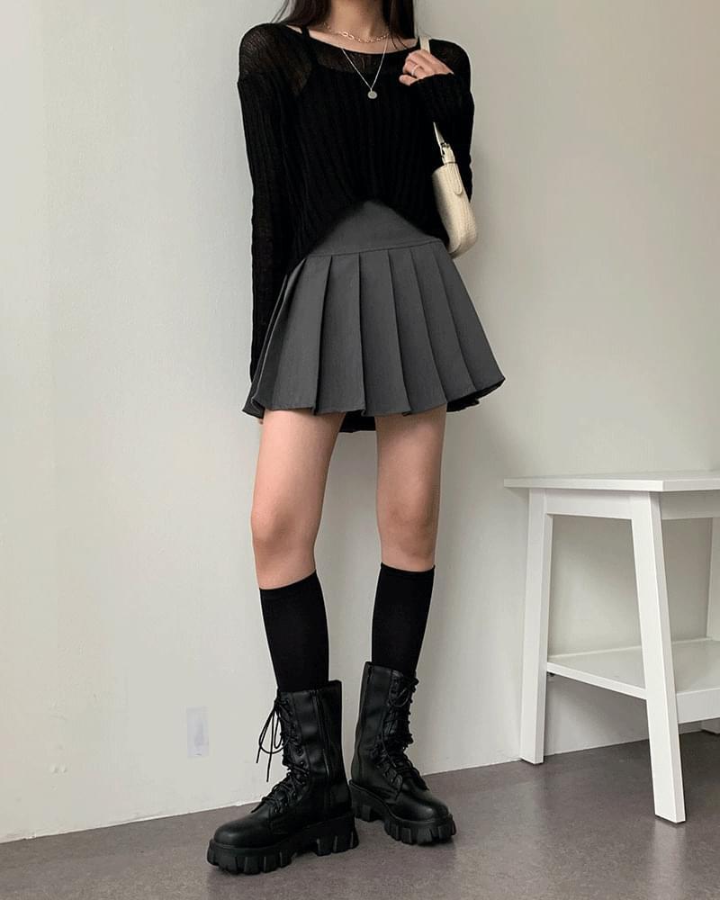ミニマルショートプリーツテニススカート (人気商品配送遅延)