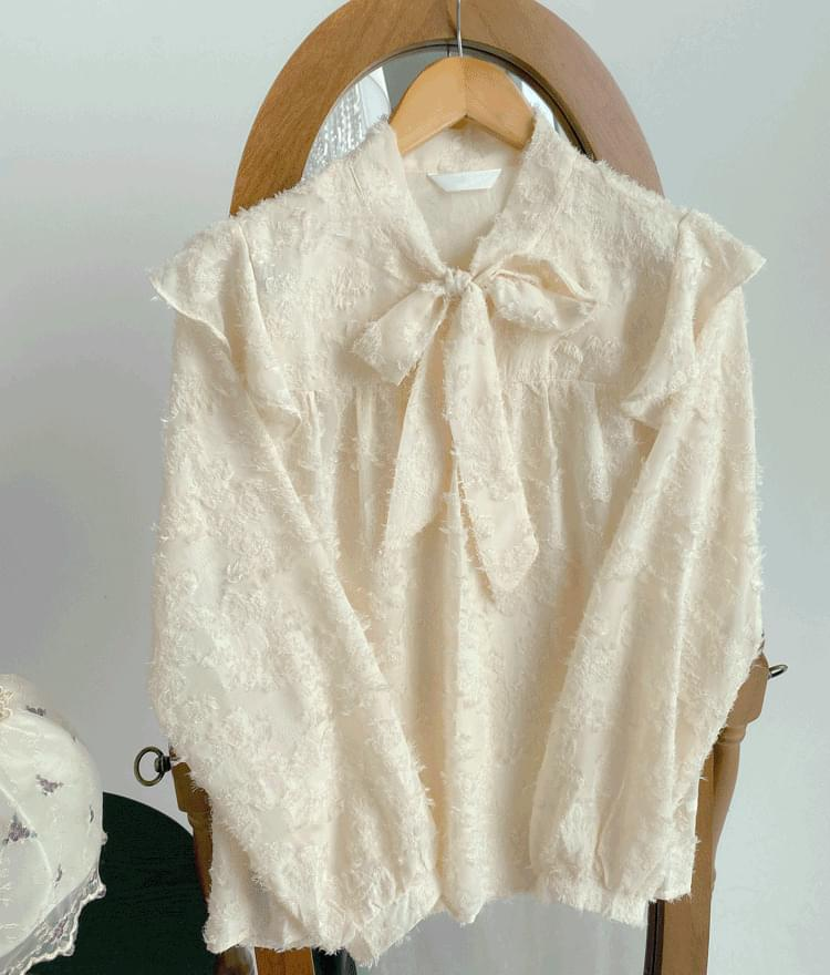 Poodle ribbon blouse (Delayed delivery)