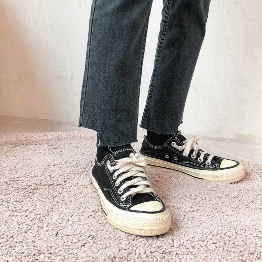 韓國空運 - 5923 Fleece-lined hem cut slim denim pants 牛仔褲