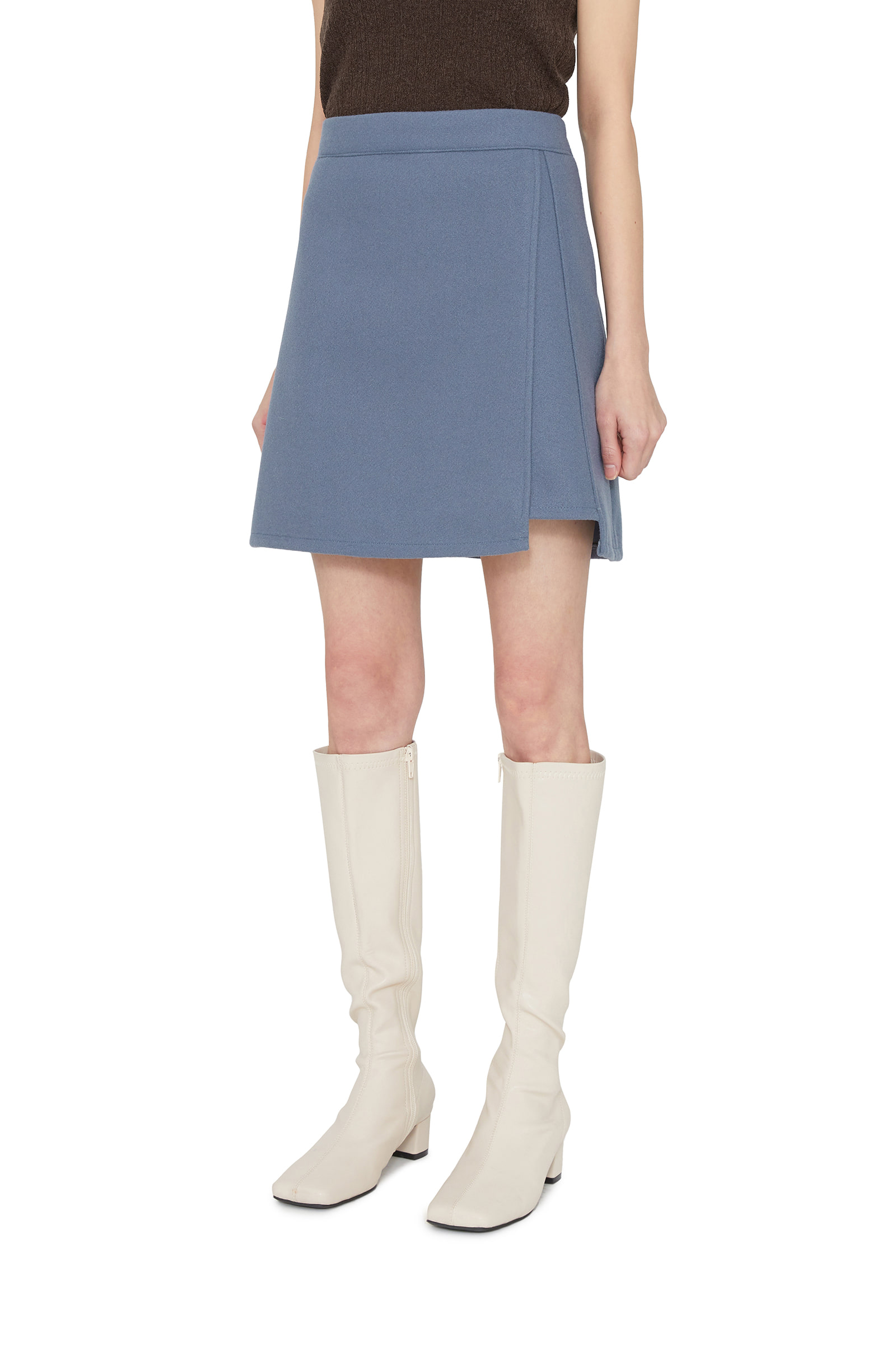 Luna Unfoot Mini Skirt