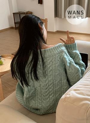 kn3299 Mint V-neck Twisted Sweater