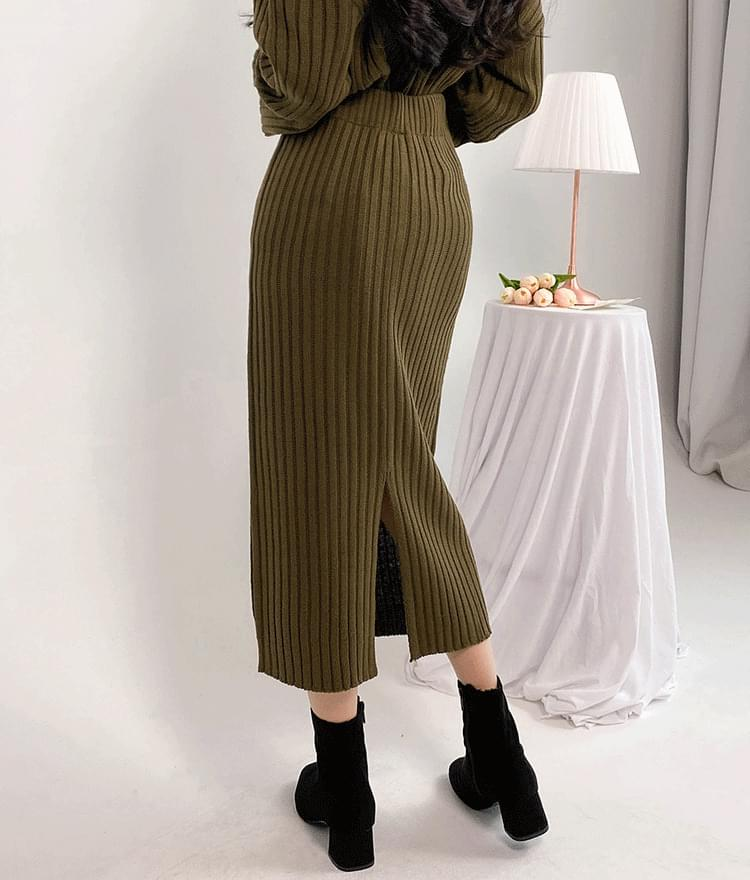 ROMANTIC MUSEBack Slit Ribbed Knit Long Skirt 裙子