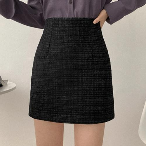 Tweed high mini skirt