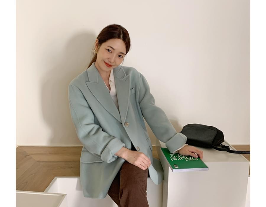 Sandy handmade boxy jacket