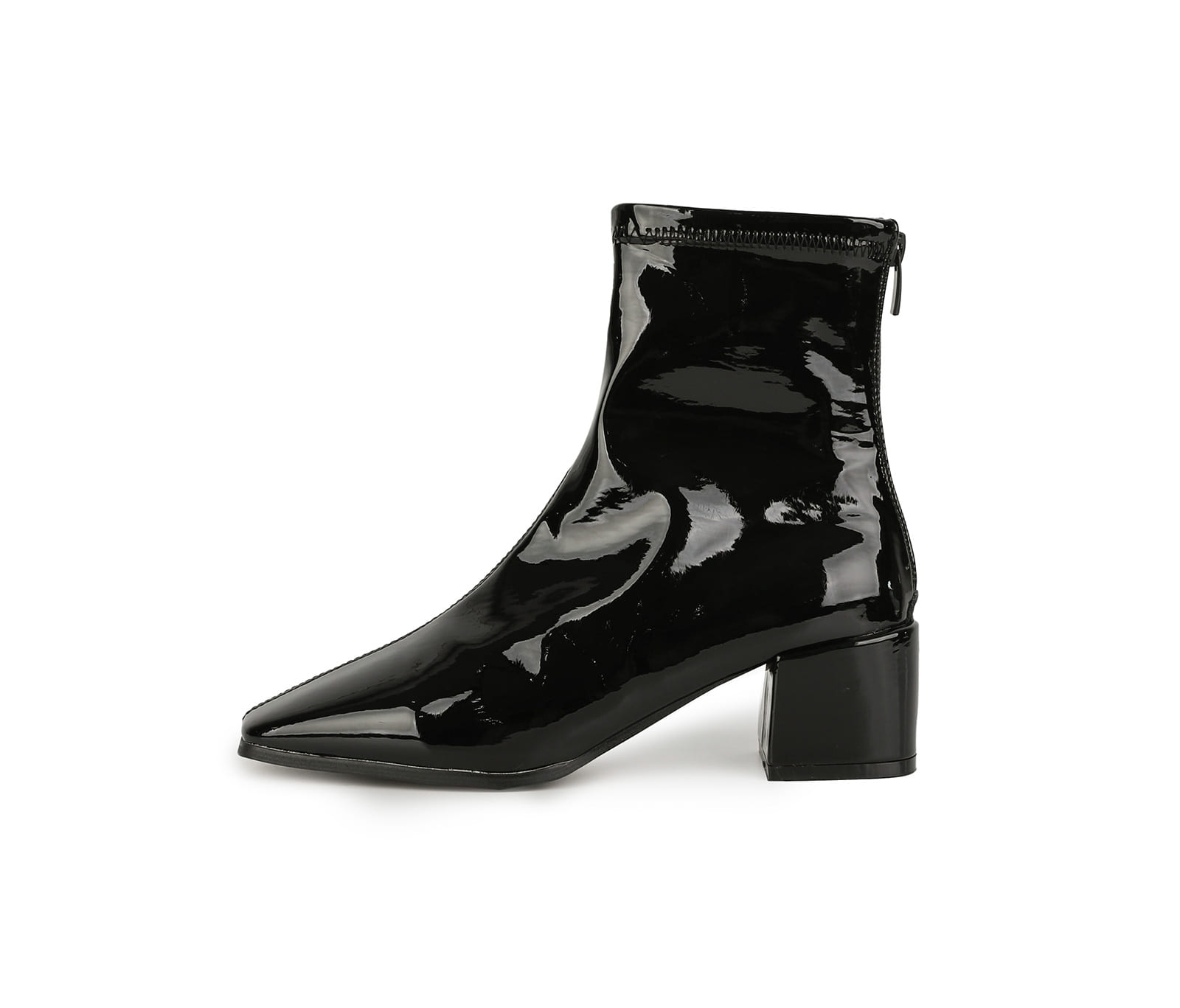 Routine middle-heel ankle boots