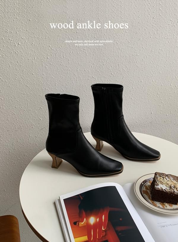 Wood ankle shoes 靴子