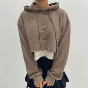 Layered cropped hooded T-shirt