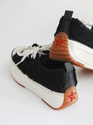 In winter, Pokele full-heeled sneakers 4cm 球鞋/布鞋