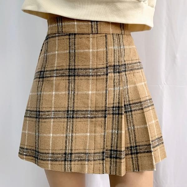 Toy half pleated skirt