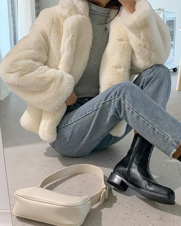 #made some snow single fur jacket