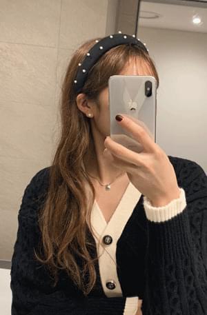 Pearl-dot headband