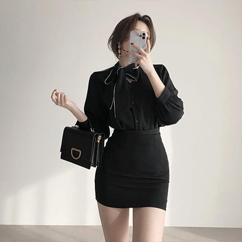Thin color matching line ribbon tie winter office look blouse 3color