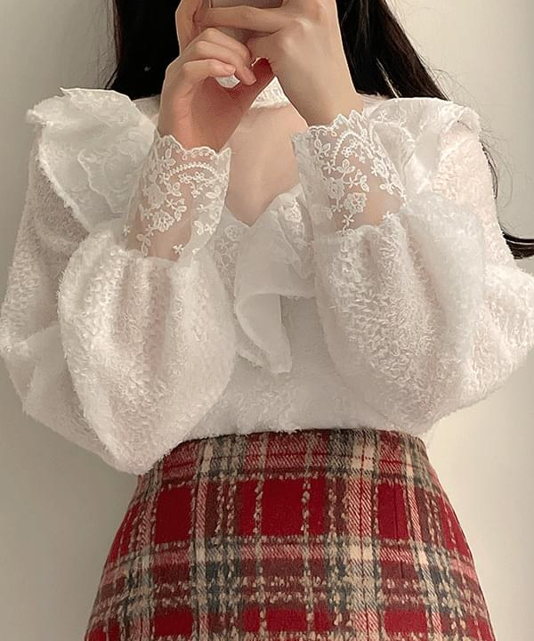 Saber lace frill blouse 3color
